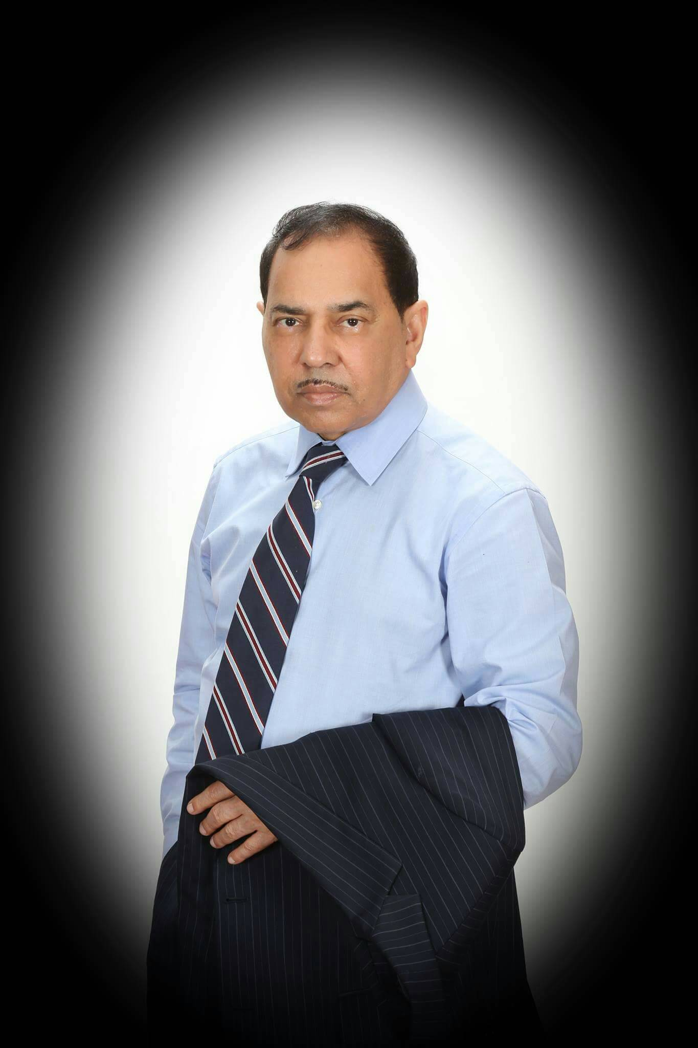 Dr. M. Owais Farooqui