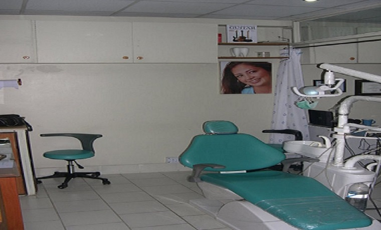 Taimoor dental clinic room
