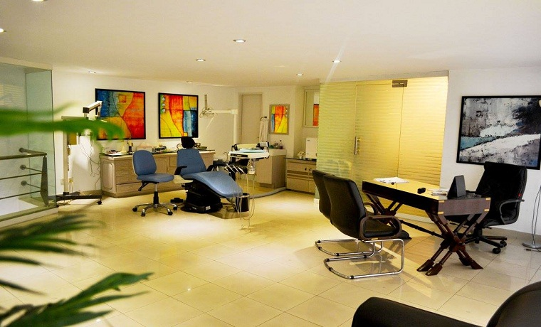 Dental services consultant room