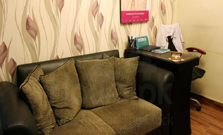 Sherwani dental associate waiting room