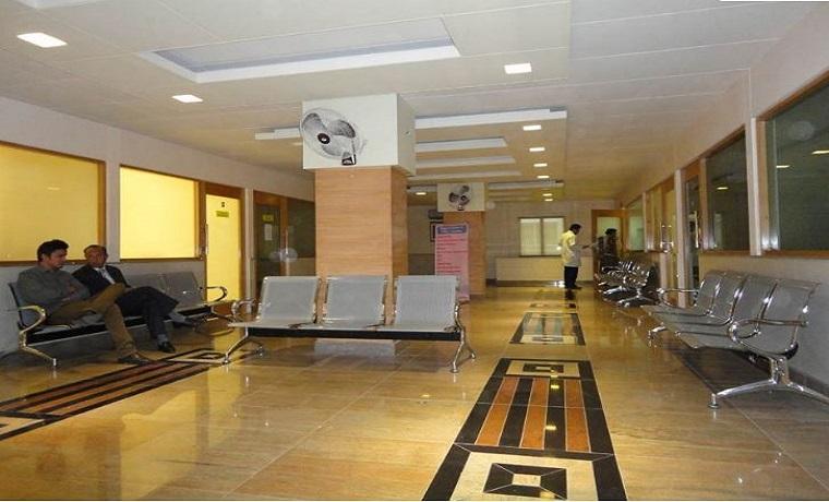 Farooq hospital westwood lobby
