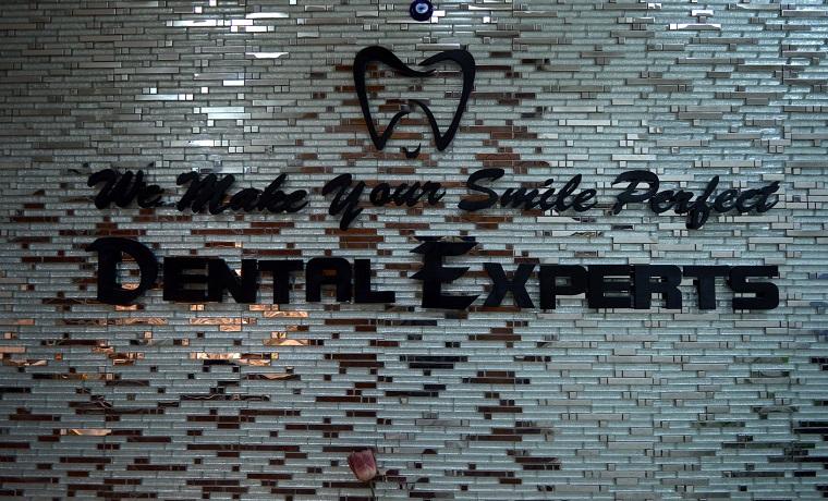 Dental experts